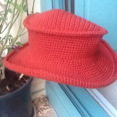 Un favorito personal de mi tienda Etsy https://www.etsy.com/es/listing/476769541/sombrero-mascota-unisex-de-lana
