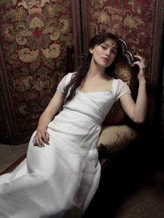 Keira Knightley as Elizabeth Bennet in Pride & Prejudice Keira Knightley, Keira Christina Knightley, Matthew Macfadyen, Jane Austen Movies, Elizabeth Swann, Elizabeth Bennett, Pride And Prejudice 2005, Divas, Actors & Actresses
