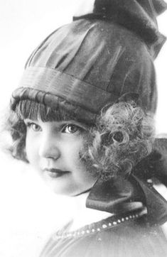 Beautiful vintage photograph~❥