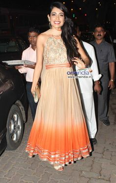 Sarah Jane Dias at Bachchans 2013 Diwali Party