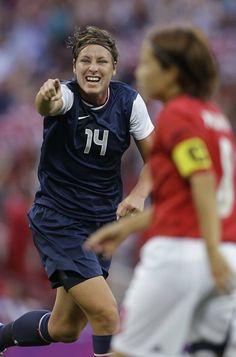 London Olympics Soccer Women Woman Power, Girl Power, Olympic Gold Medals, Soccer Stuff, Goalkeeper, Soccer Players, Woman Crush, Michael Jordan, Powerful Women