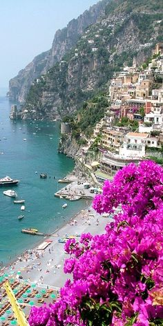 Need I say more Colorful scene in Positano, Amalfi Coast, Italy #Europe #Italy #honeymoon