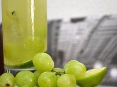 Caipirinha de Uva com Limão - Veja como fazer em: http://cybercook.com.br/receita-de-caipirinha-de-uva-com-limao-r-9-112238.html?pinterest-rec
