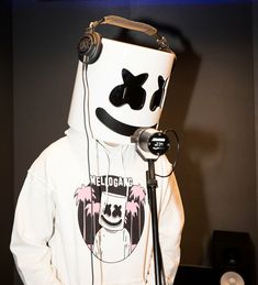 Rapping was harder than I though Marshmello Costume, Marshmello Dj, Alan Walker, Nothing But The Beat, Marshmello Wallpapers, Alone, Itslopez, Boy Images, Cool Wallpapers For Phones