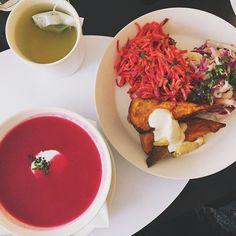 Rose bakery inspiration! #beetroot #sweetpotato #soup  #carrot #parsey #salad  #roasted #sweetpotato #tahini  #puplecabbage #salad  #winterveggies #winter #seasonal #rosebakery #paris #lebonmarcherivegauche #lppcityguidetoparis #yummy #staple