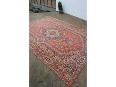 £110 needs to be picked up from South London LARGE Traditional Antique Persian / Turkish Rug Carpet, Wool 9 x 6 Ft  Picture 1