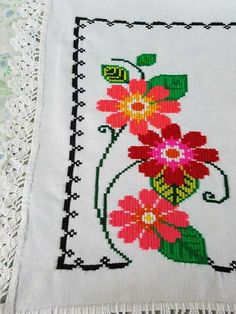 1 million+ Stunning Free Images to Use Anywhere Cat Cross Stitches, Cross Stitch Art, Cross Stitch Borders, Cross Stitch Flowers, Cross Stitching, Cross Stitch Embroidery, Cross Stitch Patterns, Bead Loom Patterns, Flower Patterns