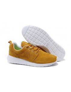 huge selection of ea589 6d6ff Trend-setting Nike Roshe Run Mens Khaki White. 选强 黄 · SHOES