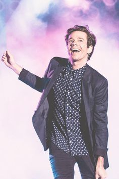 I am in love with his voice <3 Nate Ruess.