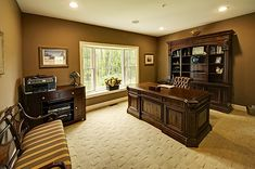 Home Executive Office | Modern home offices, Home office ...