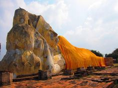 The ayutthaya ruins Discovered by Wendy at Wat Bamrung Tham, Ban Mai Makham Yong, Thailand Ayutthaya Thailand, Reclining Buddha, Lonely Planet, Bangkok, Travel Photos, Picture Video, Mount Rushmore, Travel Photography, Beautiful Pictures