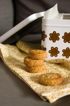 Maronenplätzchen Butter, Granola Bars, Holiday Baking, French Toast, Cereal, Healthy Recipes, Healthy Food, Cookies, Breakfast