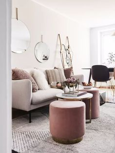 Our first collaboration with furniture and decoration website Westwing begins this morning with a private sale themed style scandicraft Small Living Room Design, Boho Living Room, Home And Living, Living Room Decor, Living Room Furniture, Home Furniture, Modern Furniture, Magazine Deco, Style Deco