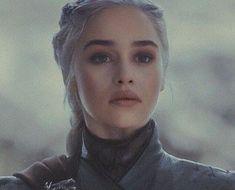 a beleza dessa mulher me assombraYou can find Daenerys targaryen and more on our website.a beleza dessa mulher me assombra Daenerys Targaryen Makeup, Daenerys Targaryen Aesthetic, Emilia Clarke Daenerys Targaryen, Game Of Throne Daenerys, Daenarys Targaryen, Emilia Clarke Hot, Emelia Clarke, Game Of Thones, Game Of Thrones Art