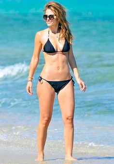 Maria Menounos - I got her legs -.- Maybe running can solve the thickness