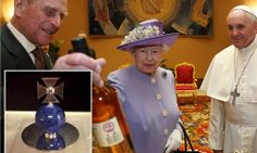 Queen Elizabeth met Pope Francis for the first time, this is the fifth Pope she has met. What does the Queen of England give the Pope? Whiskey, of course! Haha love her. Pope Francis sent a gift for Prince George, a lapis lazuli orb for Prince George inscribed with 'Pope Francis, to His Royal Highness Prince George of Cambridge' ...♥♥
