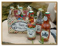 Another great decoupage idea. Could use a wine carrier box to decoupage on!