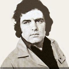 50 Handsome Hunks in Bollywood:  Feroz Khan