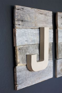 DIY Reclaimed Wood Sign - Home Decor