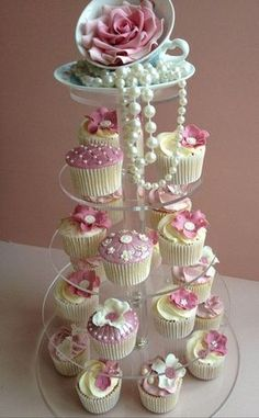 You can also use the pearls for decorating your cupcakes. Take pearl cupcakes decoration idea from here and design your beautiful cupcake with all love. Girls Tea Party, Princess Tea Party, Tea Party Theme, Tea Party Birthday, Cake Birthday, Birthday Ideas, Birthday Table, Diy Birthday, Food For Tea Party