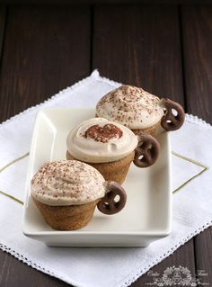 Cappuccino cupcakes with mascarpone frosting