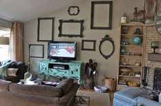 annie sloan chalk paint walls | Old frames painted with Annie Sloan Chalk Paint in graphite by Bella ...