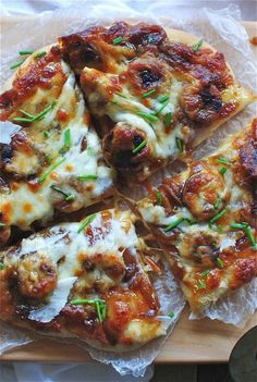 Pizza with Fig Preserves, Caramelized Onions and Chicken Sausages – Gesundes Abendessen, Vegetarische Rezepte, Vegane Desserts, Fig Recipes, Pizza Recipes, Italian Recipes, Chicken Recipes, Cooking Recipes, Cucumber Recipes, Fig Pizza, Pizza Pizza, Flatbread Pizza