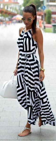 Summer look | Monochrome striped maxi dress with flat sandals #LatestFashion