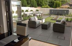 Robert Hughes Garden Design home page
