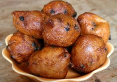 Oliebollen (dutch New Years Snack): 4 Steps New Year's Snacks, Savory Snacks, Dutch Recipes, Bread Recipes, Eating At Night, New Year's Food, Peanut Oil, Fresh Apples, Cooking Classes