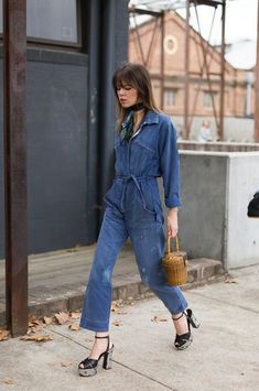 Hey, Sheila: Street Style from Australian Fashion Week, denim jumpsuit, style, how to wear a neck scarf Denim Street Style, Cool Street Fashion, Street Style Looks, Looks Style, 70's Style, Denim Style, Street Chic, Looks Total Jeans, Cute Summer Outfits