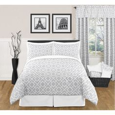 @Julie Cushing - do you like this one?JoJo Designs Grey and White Diamond 3-piece King-size Bedding Set | Overstock.com
