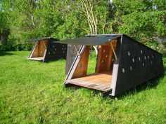 """The 4 """"Skrubbe"""" shelters each accommodate 2 people Tiny House Cabin, Cabin Homes, Cabin Design, House Design, Unusual Homes, Prefab Homes, Cabins In The Woods, Shed Plans, Little Houses"""