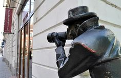 """Paparazzi Statue"" in the Old Town, Bratislava"