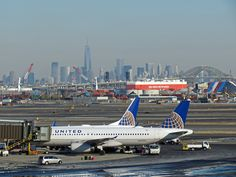 United Airlines Abandons Plan To Buy Even More Slots at Newark from Delta - http://blog.clairepeetz.com/united-airlines-abandons-plan-to-buy-even-more-slots-at-newark-from-delta/