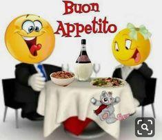 Smiley Emoji, Emoji Faces, Bon Mardi Humour, Smiley Happy, Emoji Symbols, Romantic Pictures, Warrior Princess, Funny Faces, Humor