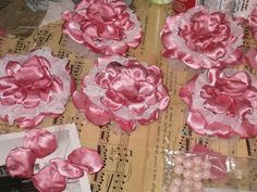 DIY Flower Tutorial for use in scrapbooks, décor and crafts