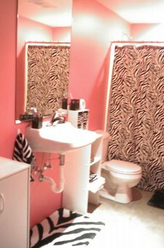 Pink and zebra print bathroom for Zebra and red bathroom ideas