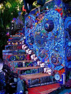 mosaic-wall-and-stairs-Honduras