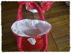 Di tutto un po'... bijoux, uncinetto, ricamo, maglia... ღ by tesselleelle ღ : Oggi......borse e borsine!