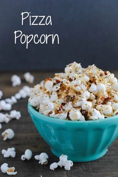Pizza Popcorn - Start with a big bowl of popped popcorn, then whip up a quick pizza-flavored olive oil that includes sun-dried tomatoes, Parmesan cheese, and lots of Italian herbs. Popcorn Snacks, Popcorn Recipes, Snack Recipes, Popcorn Flavours, Cheese Popcorn, Gourmet Popcorn, Savory Snacks, Healthy Recipes, Homemade Popcorn