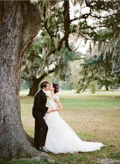 *if I had a re-do, I might choose NOLA for its romantic moss-draped trees* New Orleans French Quarter