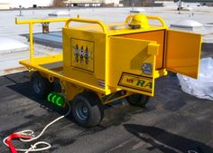 AES Raptor TriRex • 5 Man Mobile Fall Protection Cart! Exceeds OSHA Requirements: REAR VIEW OF LOCKABLE JOB BOX.