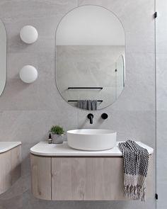 Zephyr & Stone WK Quantum Quartz on Inspirationde Bathroom Toilets, Bathroom Faucets, Small Bathroom, Master Bathrooms, Bathroom Clocks, Hotel Bathrooms, Condo Bathroom, Bathroom Mirrors, Remodel Bathroom
