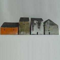 little houses / Rowena Brown Clay Houses, Ceramic Houses, Miniature Houses, Ceramic Clay, Ceramic Pottery, Art Houses, Mini Houses, Sculptures Céramiques, Sculpture Art