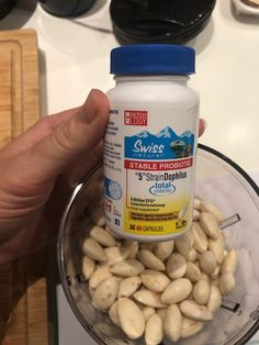 17.1.2018 Non dairy cheese Ingredients: almonds, probiotic capsules, spices