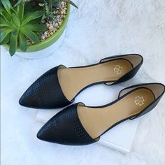 Black Leather Tamra D'Orsay Flats by Ann Taylor Black Leather Tamra D'Orsay Flats by Ann Taylor! Excellent condition! Super comfortable and perfect to wear with skinny jeans. Lazer cut details. Leather upper. Slip on style. Size 9m. Fits true to size. Rubber sole. Ann Taylor Shoes Flats & Loafers