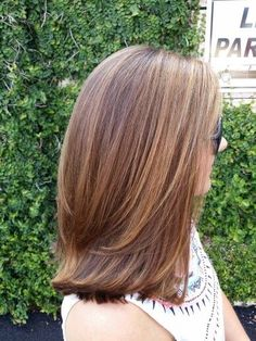 Balayage Golden Blonde on Light Brown Hair by Holly Fountain Golden Brown Hair Color, Brown Hair Shades, Brown Hair With Highlights, Brown Hair Colors, Golden Blonde, Carmel Brown Hair, Short Light Brown Hair, Carmel Blonde Hair, Golden Hair
