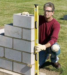 How to Build a Concrete Block Wall Bring privacy to your backyard with a DIY concrete block wall. Our step-by-step instructions will show you how. Concrete Footings, Concrete Patio, Concrete Wall, Brick Wall, Cement, Concrete Projects, Outdoor Projects, Home Projects, Concrete Block Walls