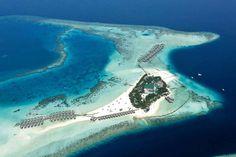 best overwater bungalow resorts maldives moofushi aerial